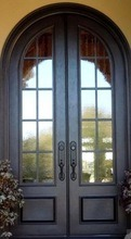French Style Flat Top Wrought Iron Double Door pictures & photos