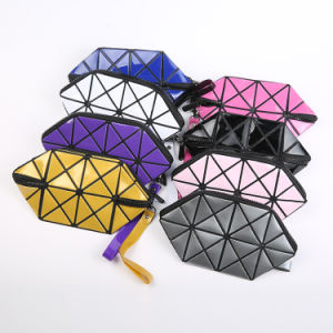 2017 Promotional Eco Beauty Square PU Cosmetic Bag for Travel pictures & photos