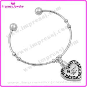 Heart Chams Bracelets & Bangles Women Bracelet Stainless Steel pictures & photos