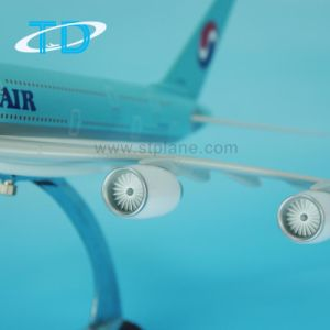 Decoration Resin Scale Airbus Model Plane A380 pictures & photos
