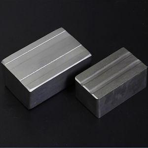 Strong Block Rare Earth N52 Neodymium Magnet pictures & photos