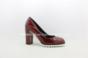 Latest Comfort Chunky High Heels Women Court Shoe pictures & photos