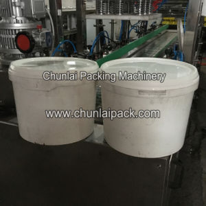 Motor Oil Bucket Sealing Machine pictures & photos