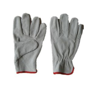 Cow Split Leather Wing Thumb Cheap Driver Glove Cabritilla Glove for Chile Market pictures & photos