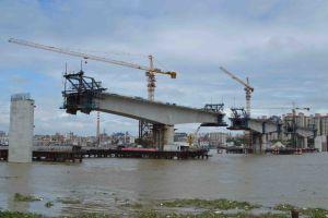 6t Qtz80 (TC6013B) and Maximum Height 210m Construction Crane pictures & photos