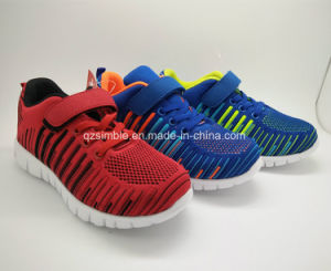 Fashion Sneakers Breathable Outdoor Sports Shoes with Flyknit Upper pictures & photos