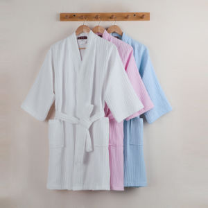 Promotional Hotel / Home Cotton Bathrobe / Pajama / Nightwear pictures & photos