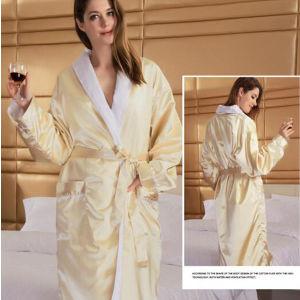 Double Face Bathrobe Made of Silk & Terry Cotton (DPF10129) pictures & photos
