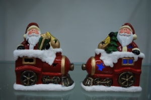 Resin Xmas Candle Holder Ornament for Home Decor pictures & photos