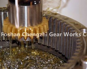 High Quality Straight Teethed Bevel Gear with Keyway pictures & photos