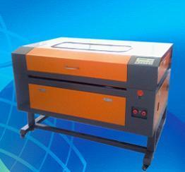 Laser Cutting and Engraving Machine (SH-G690)