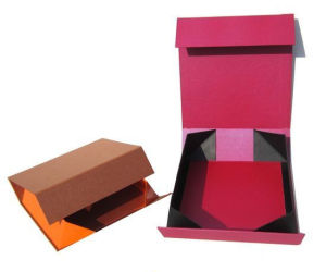 Luxury Foldable Paper Rigid Gift Box (YY-0102) pictures & photos