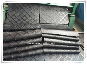 Anti-Slip Mat, Rubber Mat, Good Wear-Resistance Rubber Cow Mat pictures & photos