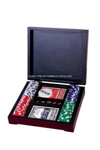 100PCS Poker Chip Set in Wooden Box pictures & photos