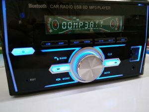 2 DIN Car Radio MP3 Player with Bluetooth/USB/SD pictures & photos