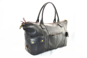 Large Capacity Black Fashion Handbag for Women pictures & photos