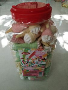 Ice Cream Marshmallow with Jam Packing in Bottle pictures & photos