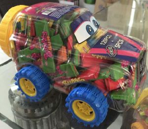Retro Car Toy with Bubble Gum or Candy pictures & photos