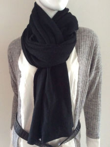 Lady Fashion Black Cashmere Knitted Scarf (YKY4387-1) pictures & photos