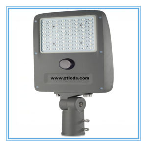 Ce RoHS FCC Listed IP65 45W Solar LED Street Light pictures & photos