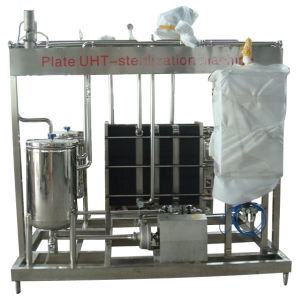 Full Automatic 3000L/H Milk Steriliser Machine pictures & photos