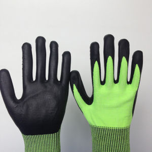 Ultrathin Foam Coated Hppe Glass Fiber Gloves pictures & photos