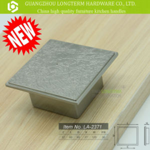 Zinc Material Square Classical Cabinet Handles pictures & photos