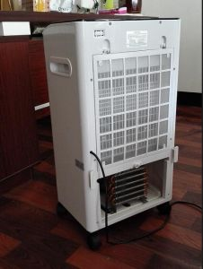 Newest Product 24/48V Portable Mobile 100% Solar DC Air Conditioner pictures & photos