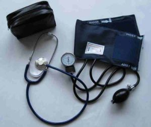 Classic Nylon Cuff-Mounted Aneroid Sphygmomanometer with Stethoscope pictures & photos