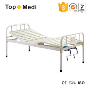 Topmedi Two Function Manual Hospital Bed pictures & photos