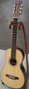 Aiersi Solid Top Parlor Style Wooden Acoutic Traveler Guitar pictures & photos