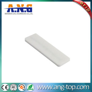 860~960MHz UHF Flexible Silicone RFID Laundry Tag pictures & photos