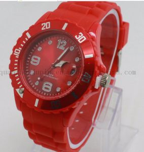 OEM Logo Fashion Silicone Sport Quartz Watch for Promotion pictures & photos