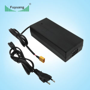 Xt60 Connector Universal 25.2V 6A Electric Vehicle Charger pictures & photos