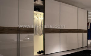 Modern Design Sliding Door Wardrobe Bedroom Cabinets Closets pictures & photos