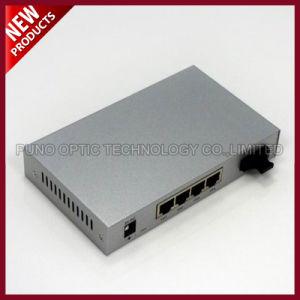 Fiber Optic 10/100Base-Tx to 100Base-Fx Media Converter pictures & photos