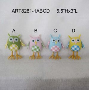 Green Pink Blue Yellow Standing Owl Decoration Easter pictures & photos