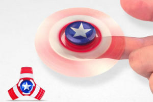 Caption America and Iron Man Fingertip Gyroscope pictures & photos