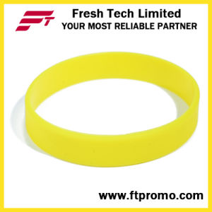 Glow in Dark Promotional Gift Silicone Wristband pictures & photos