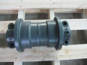 Kato Excavator Undercarriage Parts Track Roller HD450 HD700 pictures & photos