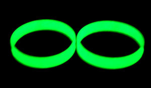 Glow Dark Mix Color Engrave Promotionprinting Logo Debossed Silicone Wrisband pictures & photos
