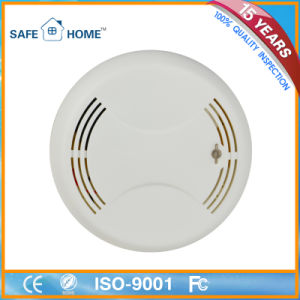 Conventional 9V Battery Operated Photoelectric Smoke Detector pictures & photos