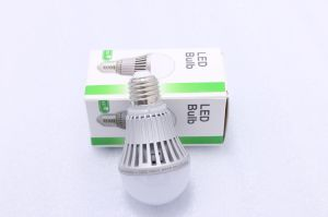 Hot LED Bulb 3.5W 7W 9W 13W 20W 30W 50W E27 B22 LED Plastic Aluminum LED Light pictures & photos