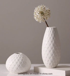 Geometrical Feather Ceramic Flower Vase for Home Decoration pictures & photos