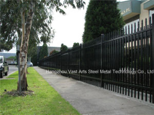 Haohan Popular Simple Security Garden Industrial Residential Black Fence 31 pictures & photos