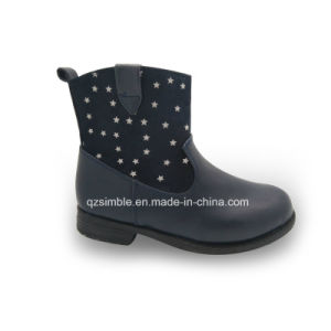 Comfortable Dark Blue Color for Girls Ankle Boots pictures & photos