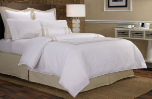 Hotel Luxury Collection Cotton Percale Embroidery Sheraton Hotel Bedding Set pictures & photos