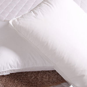 Luxury White Goose Down Pillow with 3.5 Cm Gusset Directly Supplier pictures & photos