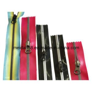 Nylon Plastic Metal Resin Rhinestone PVC Zipper for Garment