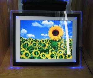 15 Inch LED Light Digital Photo Frame pictures & photos